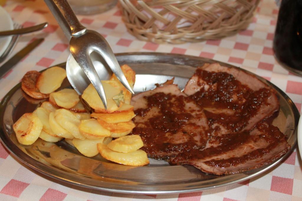Carne e patate al forno